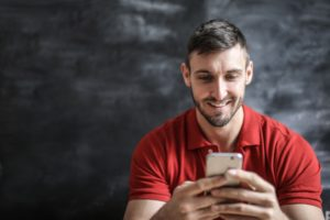 happy man - tinder tips and tricks