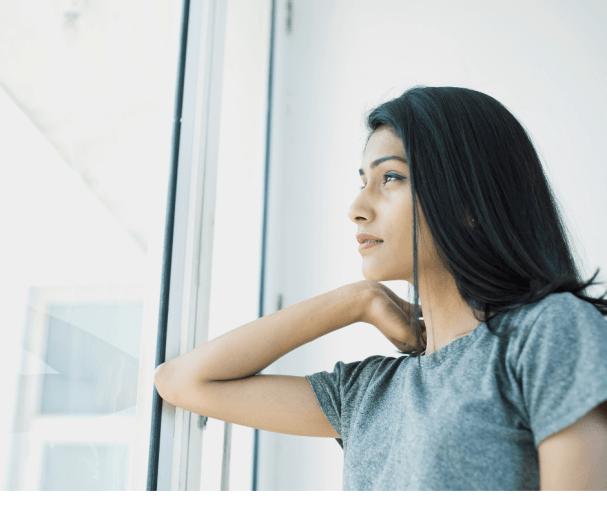 woman wondering if she should go no contact with her mother?