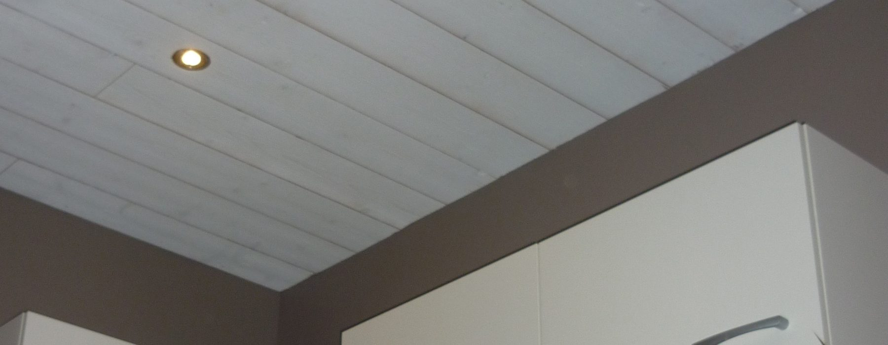 Lambris pvc blanc brillant pour plafond cool merveilleux - Lambris pvc blanc brillant pour plafond ...