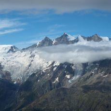 Kurzbericht – Alpingruppe am Gipfel – Mönch, Eiger Mittellegigrat | Blinnenhorn, Jegihorn, Weissmies, Lagginhorn