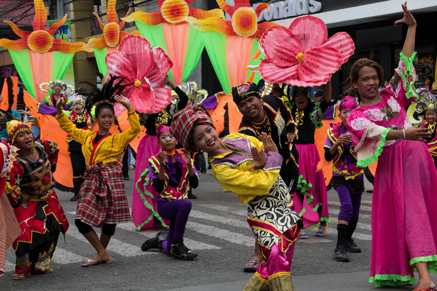 araw ng dabaw street dance 2014 davao today let us go over to the other side let us go song