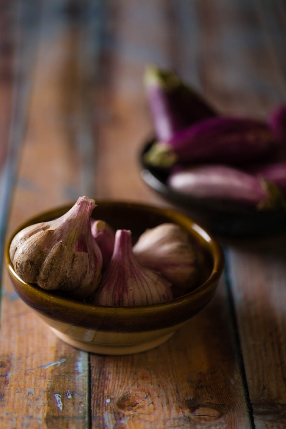 Garlic and eggplant with props