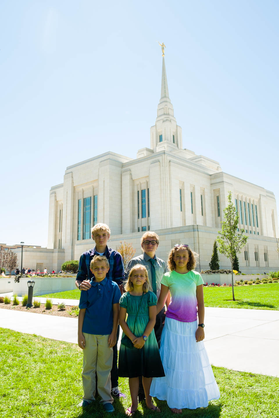 Friends of the family in front of the Ogden Temple