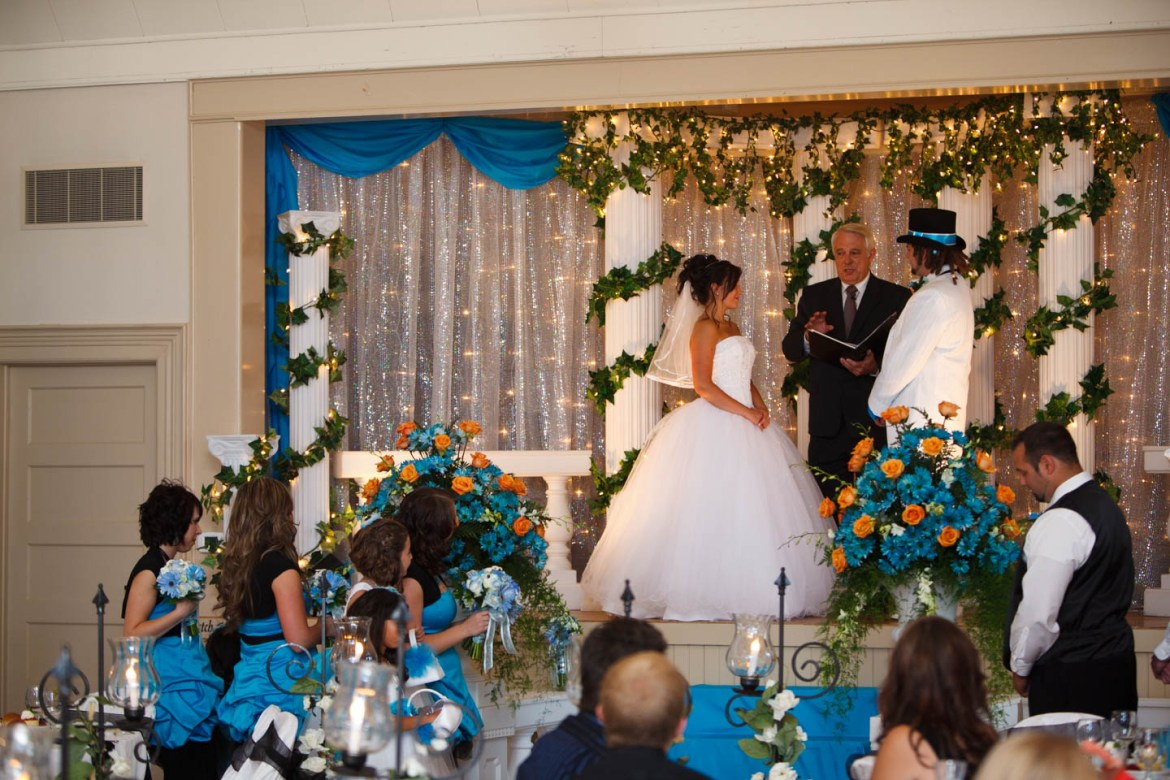 Wedding ceremony at the Pioneer Hall in South Jordan