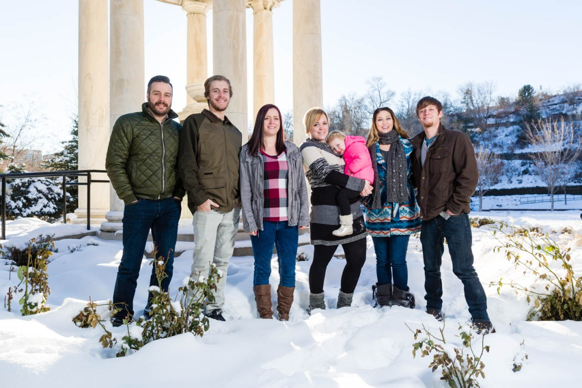 Middle of winter photography with the Tolbert Family
