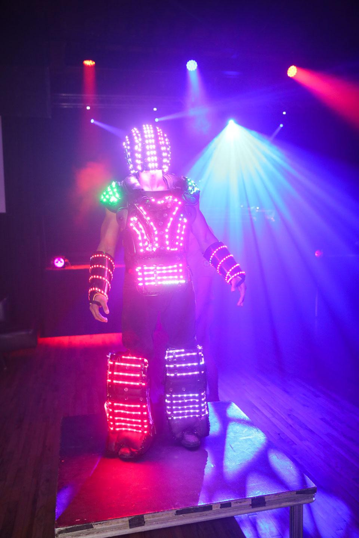 Light Man Robot