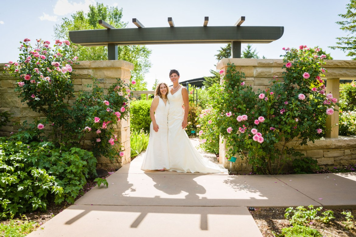 Summer wedding photography at Red Butte Gardens