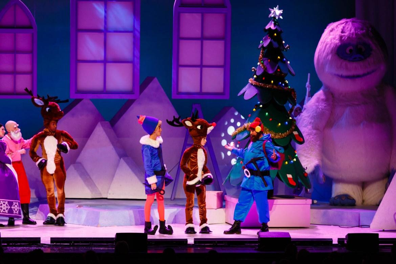 Snow creature tops the Christmas tree