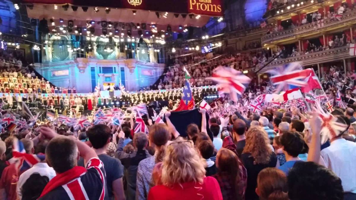 "Pomp and Circumstance, Land of Hope and Glory & ""the graduation song"""