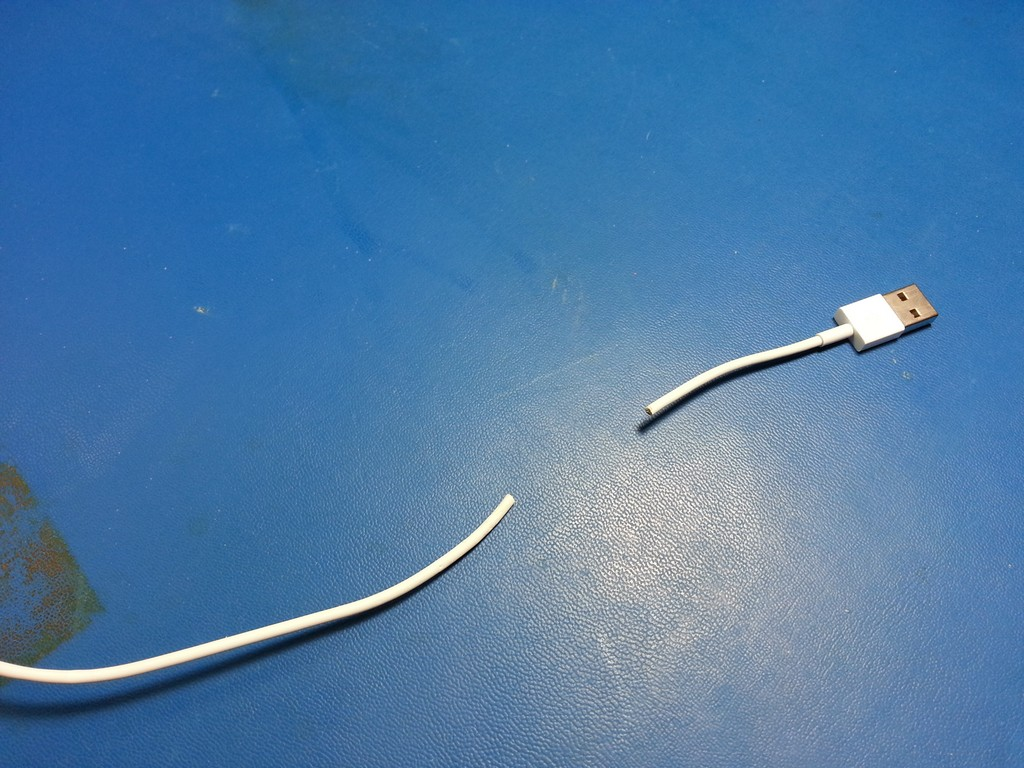 Apple iPhone Earbud and Lightning USB Cable Repair – The Workbench
