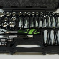 Review:  Pittsburgh Professional 35 Piece Socket Set