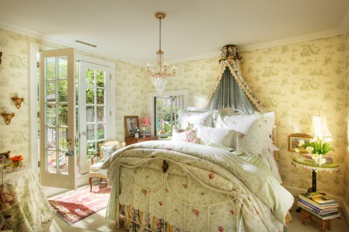 708 San Miguel bedroom