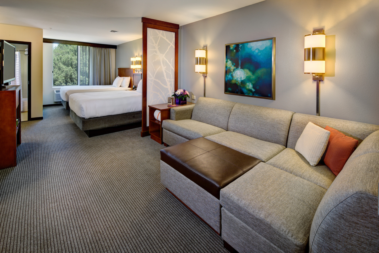 Interior Photography of a double queen room at Hyatt Place UC Davis
