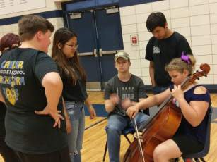 students at 5th grade