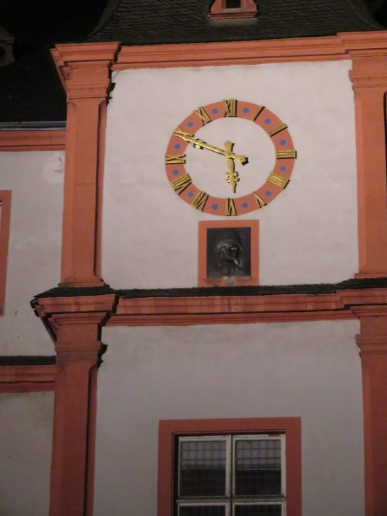 Every half hour the eye-rolling face below the clock sticks out its tongue to mock the citizens of Koblenz.