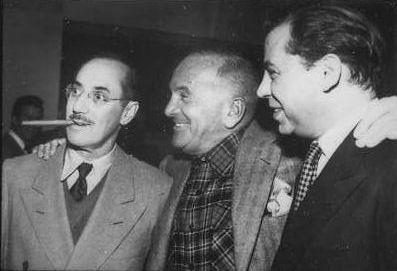 [Picture of Groucho Marx Al Jolson and Oscar Levant 1948]