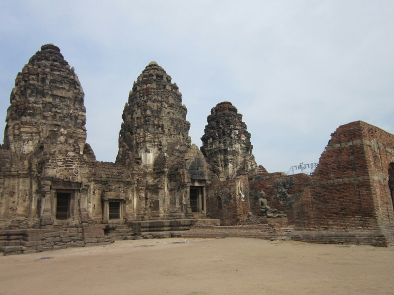 Monkey temples in Lopburi