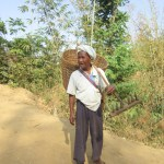 Guy between Kalaw and Inle Lake - The people of Myanmar