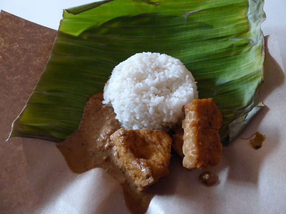 Yogyakarta Travel Guide - Tofu, Tempeh, Satay Sauce and Rice  on banana leave