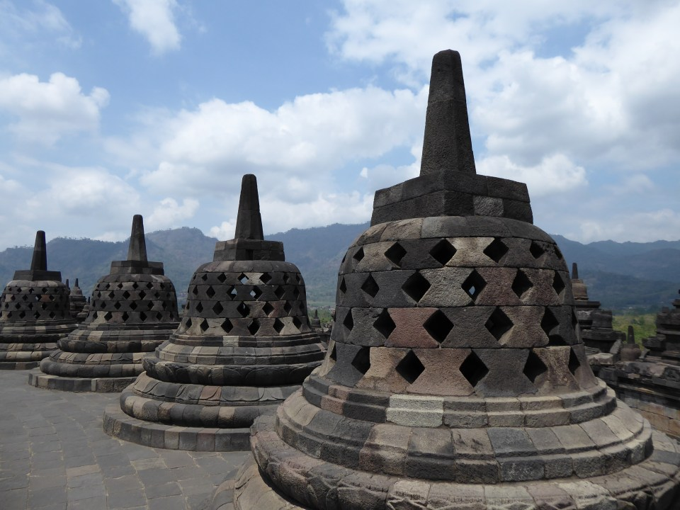 Yogyakarta Travel Guide - visit Borobudur Temple - view of stupas on the temple