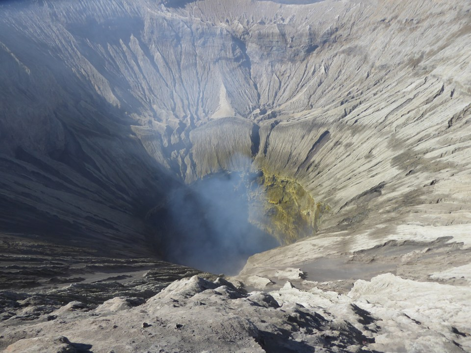 Mount Bromo Travel Guide - looking down into the Mount Bromo crater