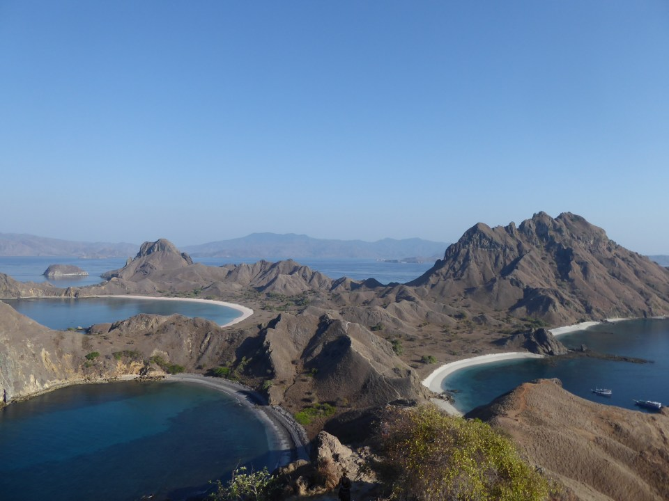 The island of Padar in the Komodo National Park - Southeast Asia backpacking itinerary