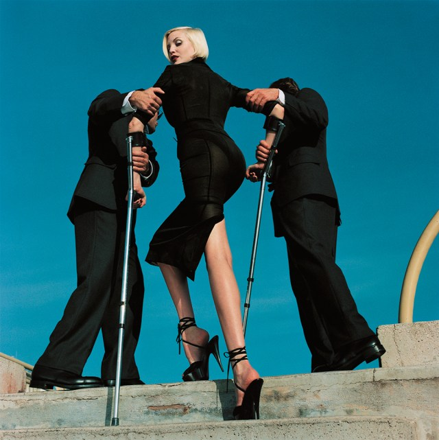 Helmut Newton -nadja_fashion_dolce__gabbana_american_vogue_monte_carlo_1995_high_and_mighty_auermann