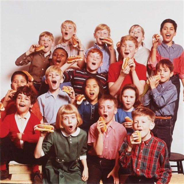 howard-zieff-color-portrait-of-school-children-with-hot-dogs.jpg