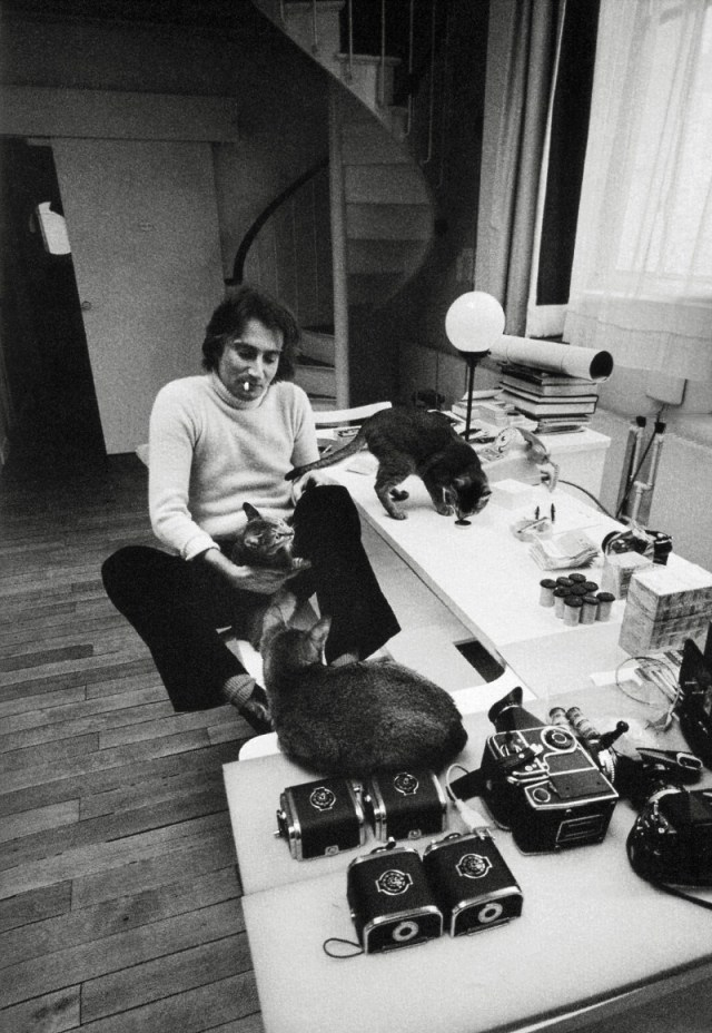 14. With Cameras:Jeanloup Sieff.jpg