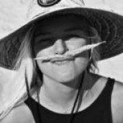Profile picture of Julia van Rooij