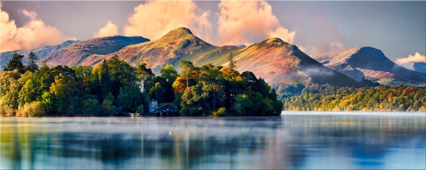 Morning Mists Around Derwent Isle - Canvas Prints