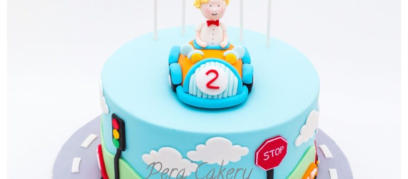 2 Year Old Birthday Cake Car Cake For A 2 Year Old Boy Pera Cakery Cakes Pinterest Cake