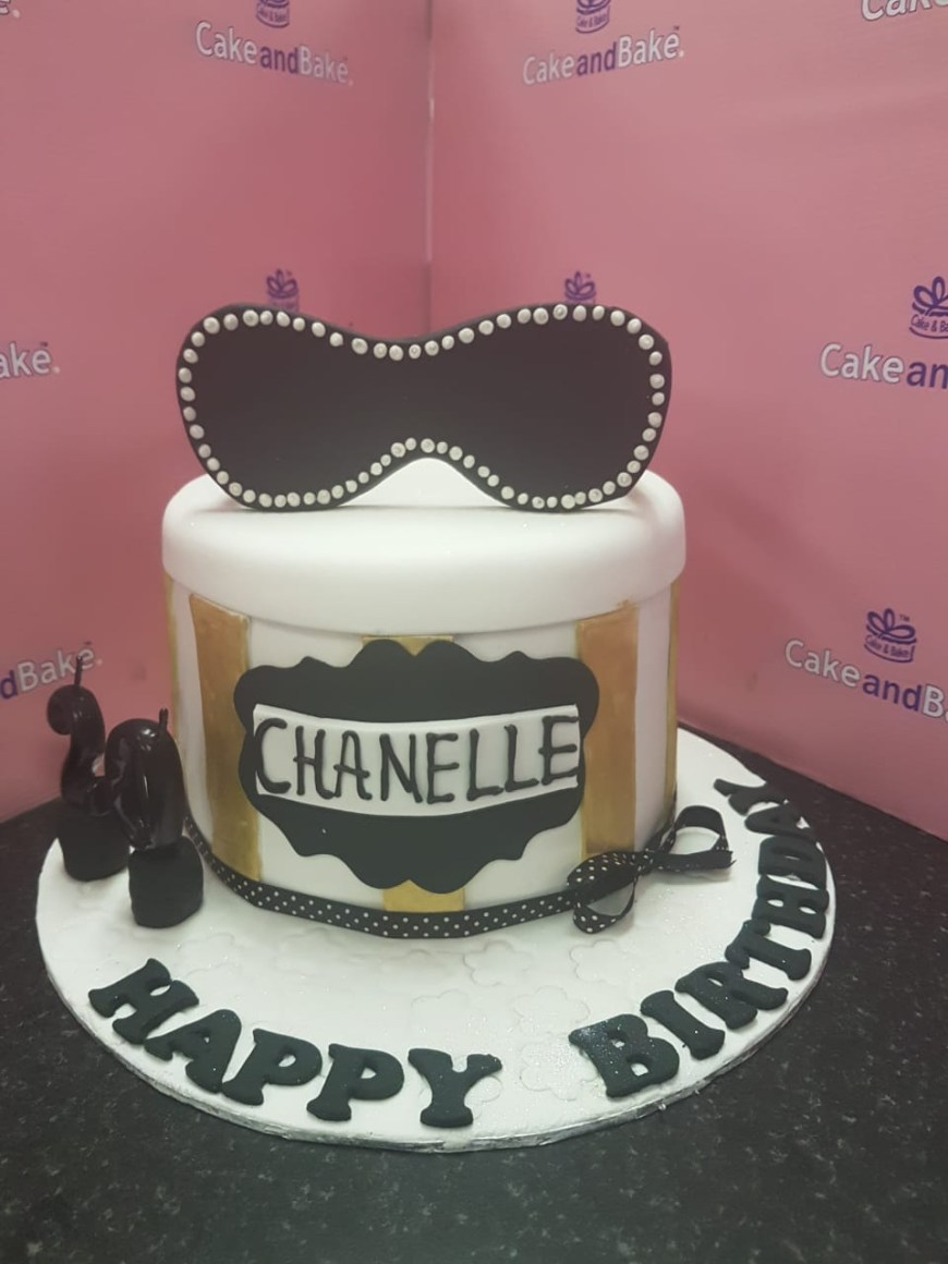 20Th Birthday Cake Sun Glasses Gold Black 20th Birthday Cake And Bake