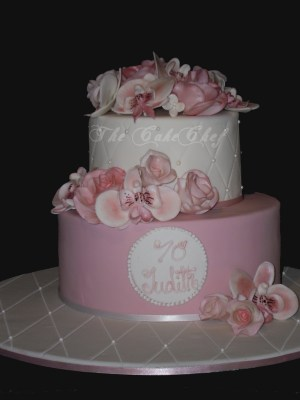 70Th Birthday Cakes 70th Birthday Cake Dusky Rose Colour With Sugar Roses O Flickr