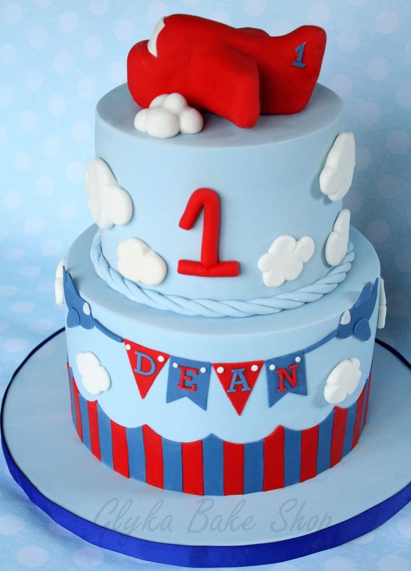 Airplane Birthday Cake First Birthday Airplane Cake Rice Krispies Treats Airplane