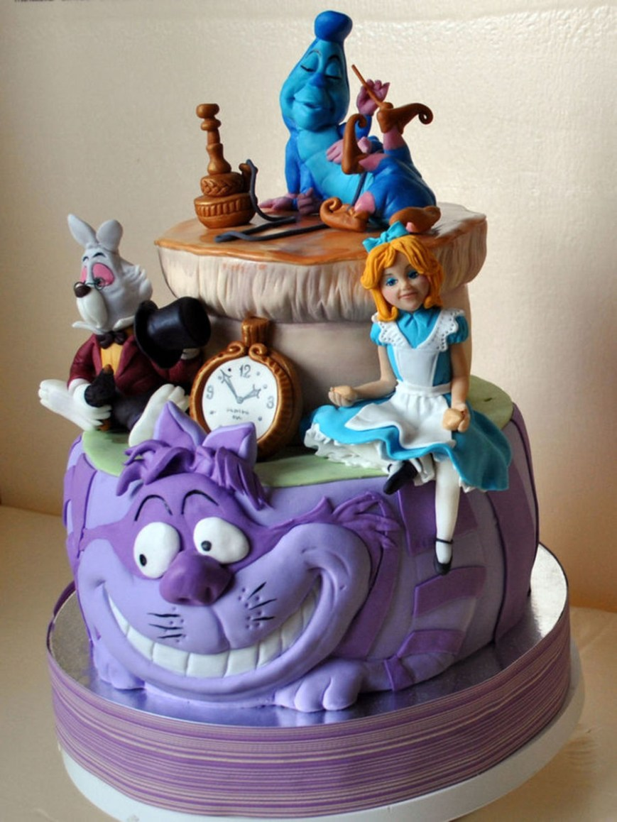 Alice In Wonderland Birthday Cake Adventurous Alice In Wonderland Cakes Cakecentral