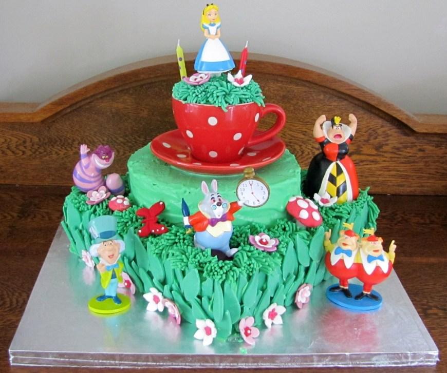 Alice In Wonderland Birthday Cake Alice In Wonderland Birthday Cake