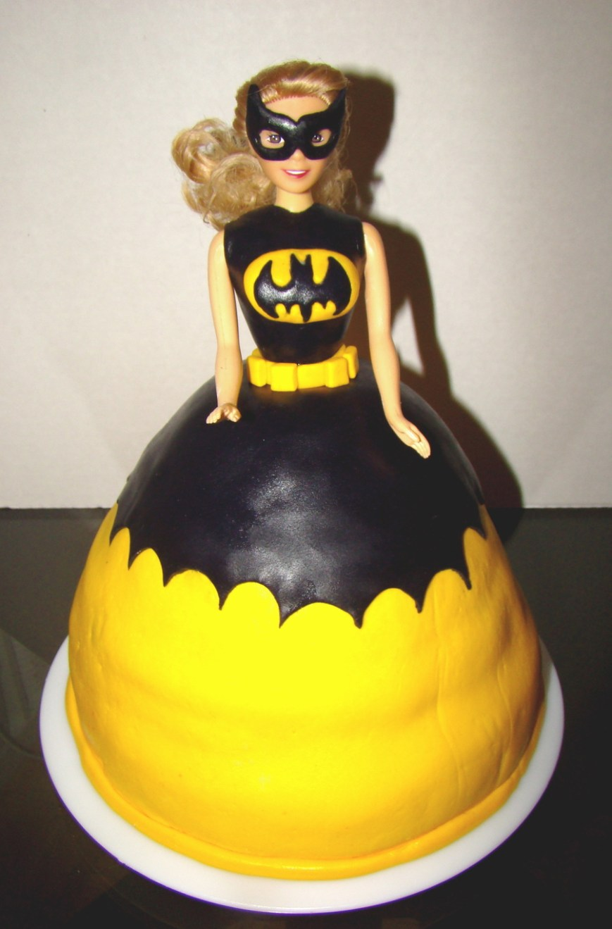 Batgirl Birthday Cake Batgirl Superhero Princess Cake Cakecentral