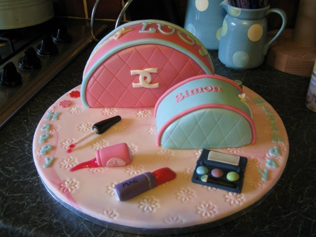 Birthday Cakes For 10 Year Olds Make Up Bag Cake Yr Old Little Girl