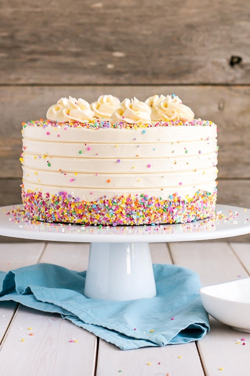 Buttercream Birthday Cakes Vanilla Cake With Vanilla Buttercream Liv For Cake