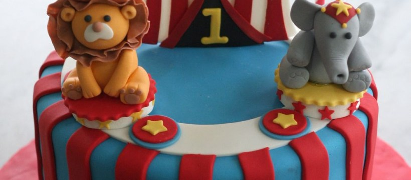 Circus Birthday Cakes Circus Cake Cakes Pinterest Birthday Circus Cakes And 1st