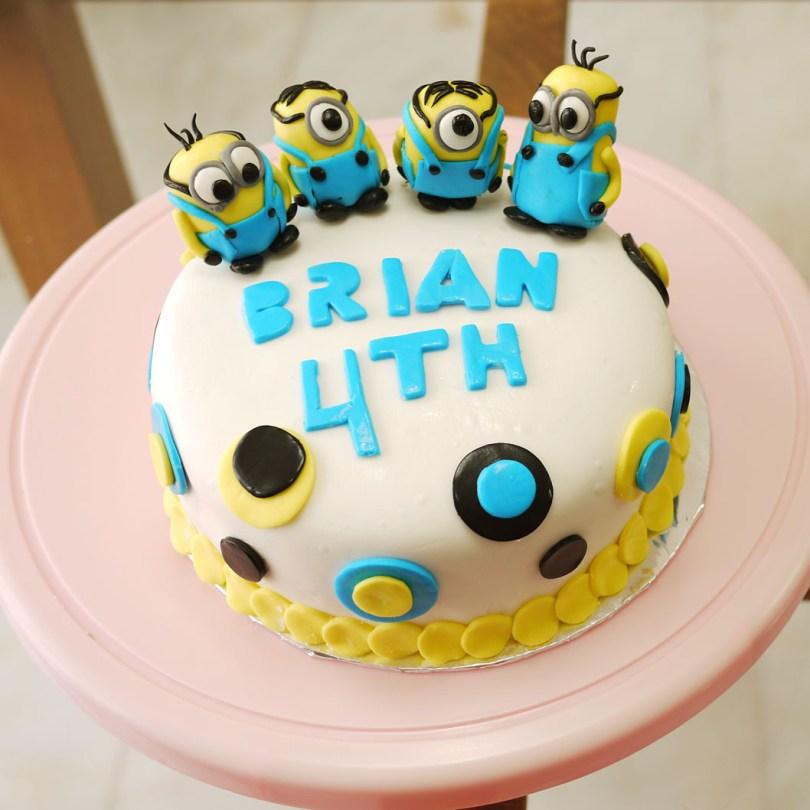 Despicable Me Birthday Cake Minion Birthday Cake Crustabakes