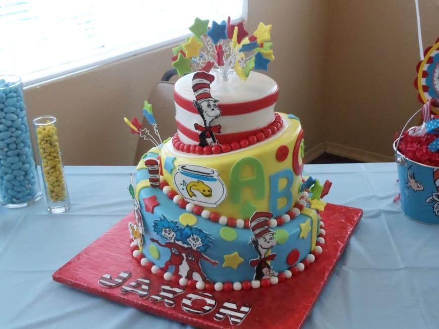 Dr Seuss Birthday Cake My Sons First Birthday Cake Dr Seuss Ronan Birthday Pinterest