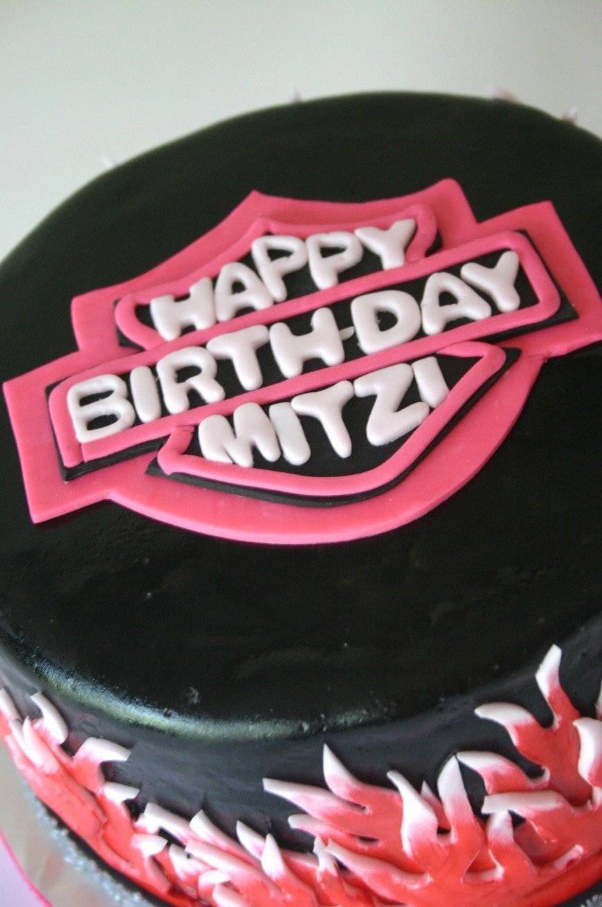Harley Davidson Birthday Cakes Close Up Of Logo On Girly Pink Harley Davidson Cake Lolos Cakes