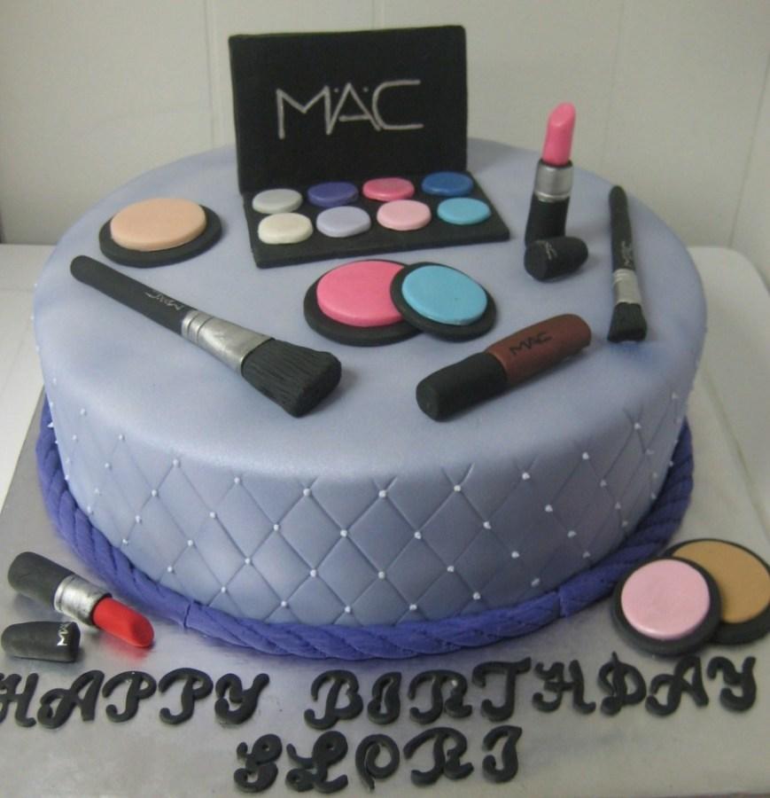 Makeup Birthday Cake Mac Makeup Birthday Cake Cakecentral