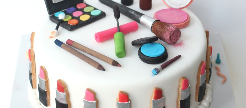 Makeup Birthday Cake Make Up Cake Bakedideas Birthday Ideas Pinterest Cake