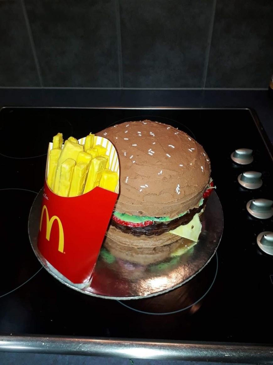 Mcdonalds Birthday Cake My Girlfriend Made Me A Mcdonalds Themed Birthday Cake Her First