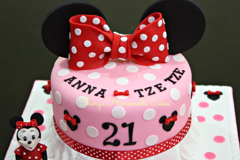 Minnie Mouse Birthday Cake Ideas Minnie Mouse Cake 21st Birthday Cake For A Young Lady Who Loves