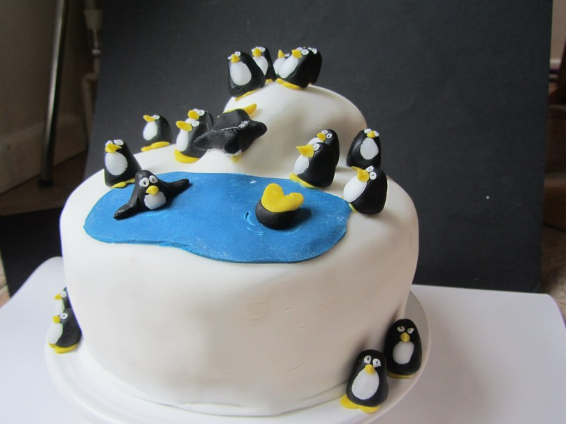 Penguin Birthday Cake For Eamons Bday Lea Pinterest Cake Penguin Cakes And