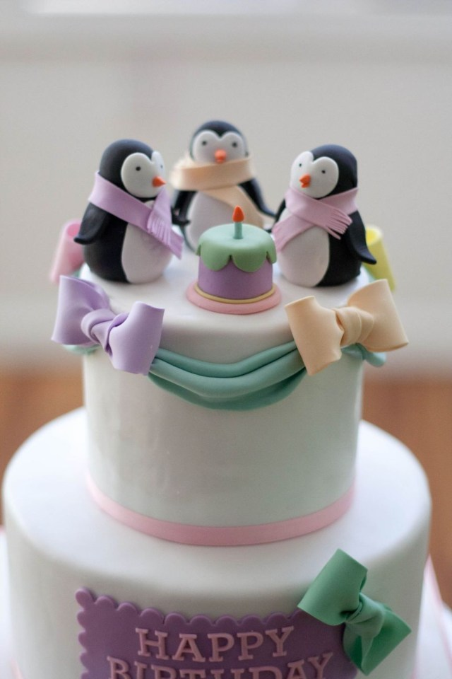 Penguin Birthday Cake Pastel Penguins Cakecentral